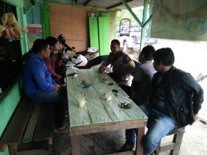 Personel Polsek Muara Ancalong Polres Kutai Timur melaksanakan kegiatan DDS di SMU Negeri 1 Long Massengat