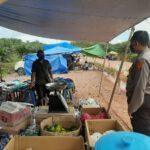 Laksanakan Tatap Muka Bersama Pedagang, Kapolsek Kongbeng Sambangi Desa Sidomulyo