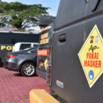 Tingkatkan Kesadaran Masyarakat, Polres Kutai Timur Pasang Sticker Himbauan