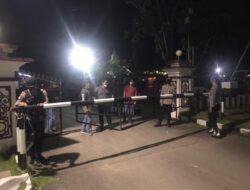 Tingaktkan Pengamanan Mako Polres Kutim, Pawas Bersama Piket Jaga Laksanakan Patroli Mako Antisipasi Gangguan Kamtibmas