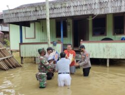 Peduli Korban Terdampak Banjir, Kapolsek Kongbeng Turun Berikan Bantuan Sosial